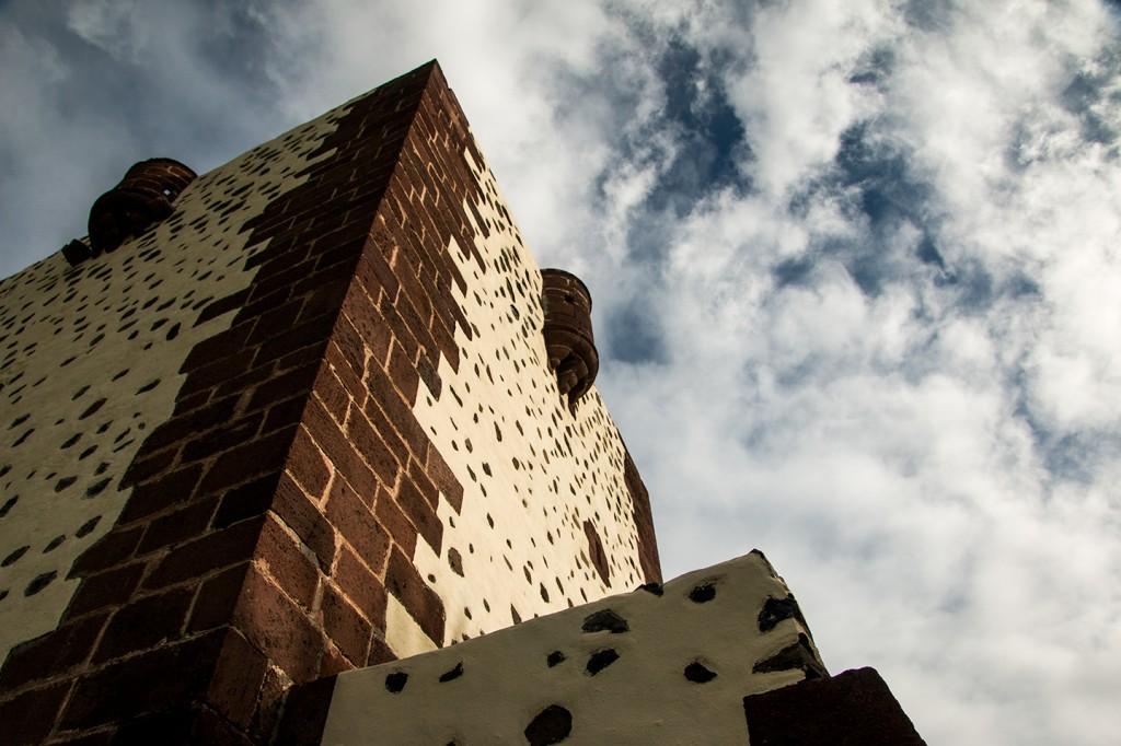Torre del Conde, een fort gebouwd in 1447