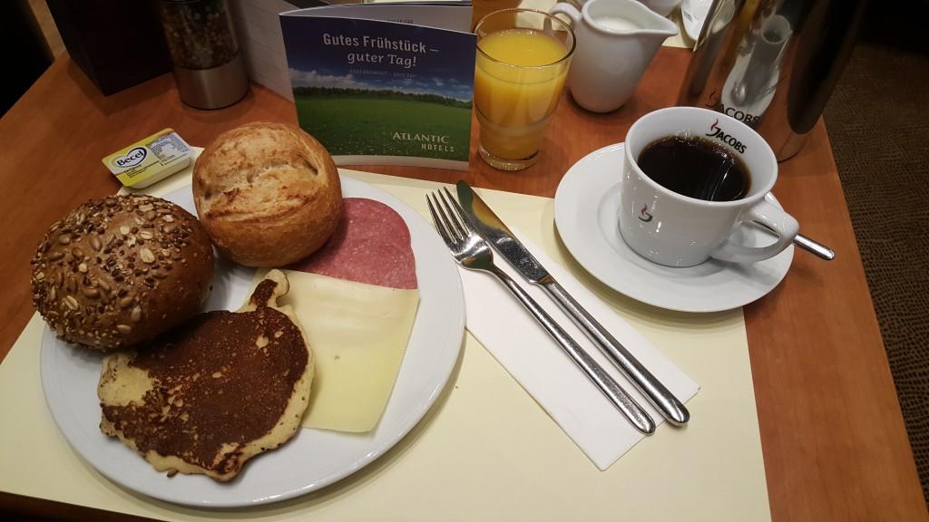 Ontbijten in het hotel